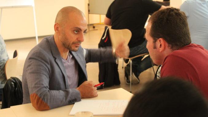 Maen Elhemmeh in einem Workshop. Foto: Mahmoud Aryan