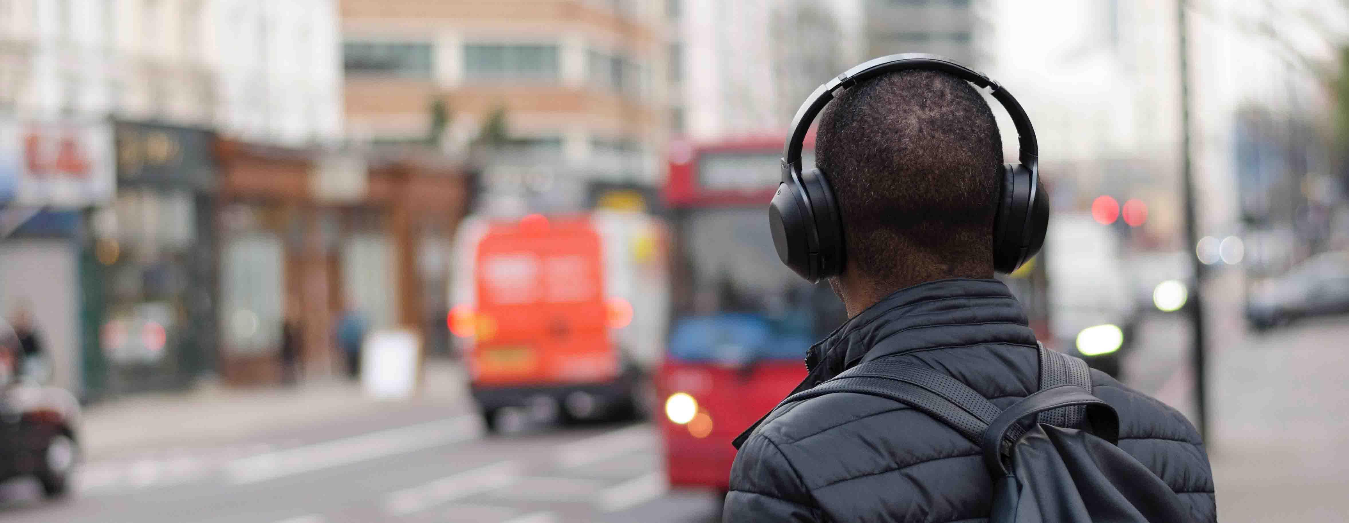 Neues Format im Juli: Hörbücher