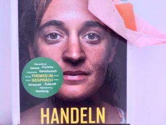 """as Buch """"Handeln statt Hoffen. Foto: // Fabienne Kollien"""